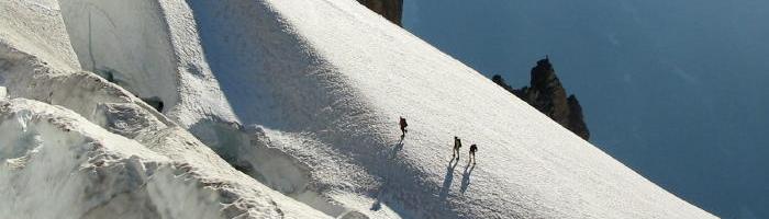 glacier travel on the quien Sabe glacier in the North Cascades