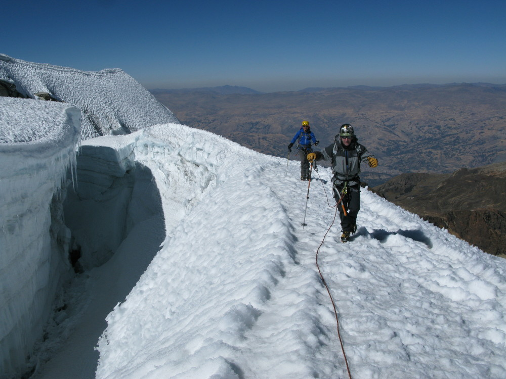 peru high altitude mountaineering